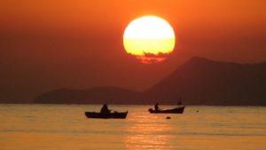 Το ηλιοβασίλεμα από το Alhena ενοικιαζόμενα δωμάτια - Χρόνια (Λίμνη Ευβοίας) διαμονή