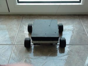 ιδιοκατασκευή τηλεκατευθυνόμενο αυτοκινητάκι